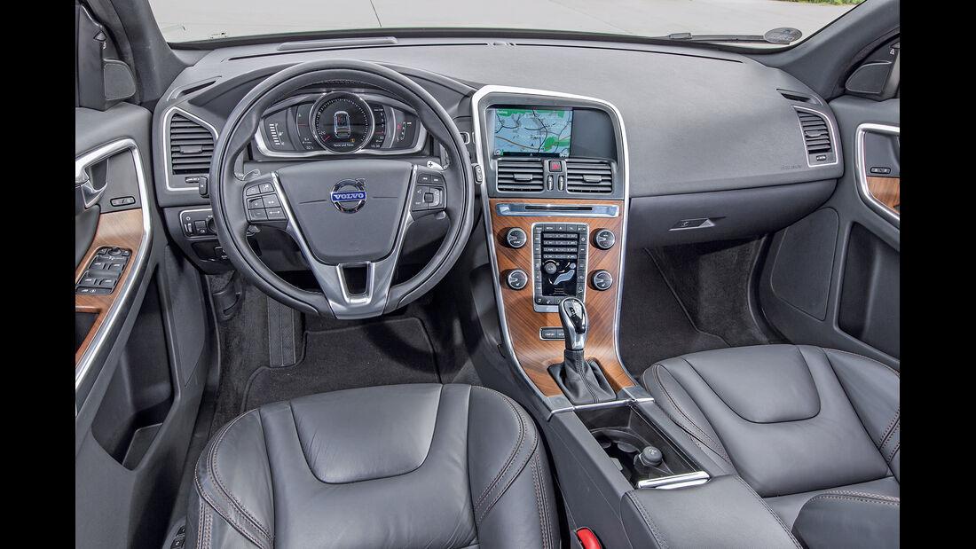 Volvo XC60 D4 AWD, Cockpit