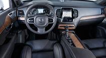 Volvo XC90 D5 AWD, Cockpit