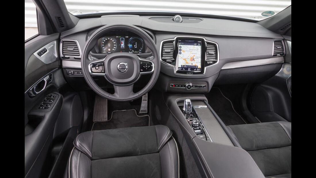 Volvo XC90 T8, Cockpit
