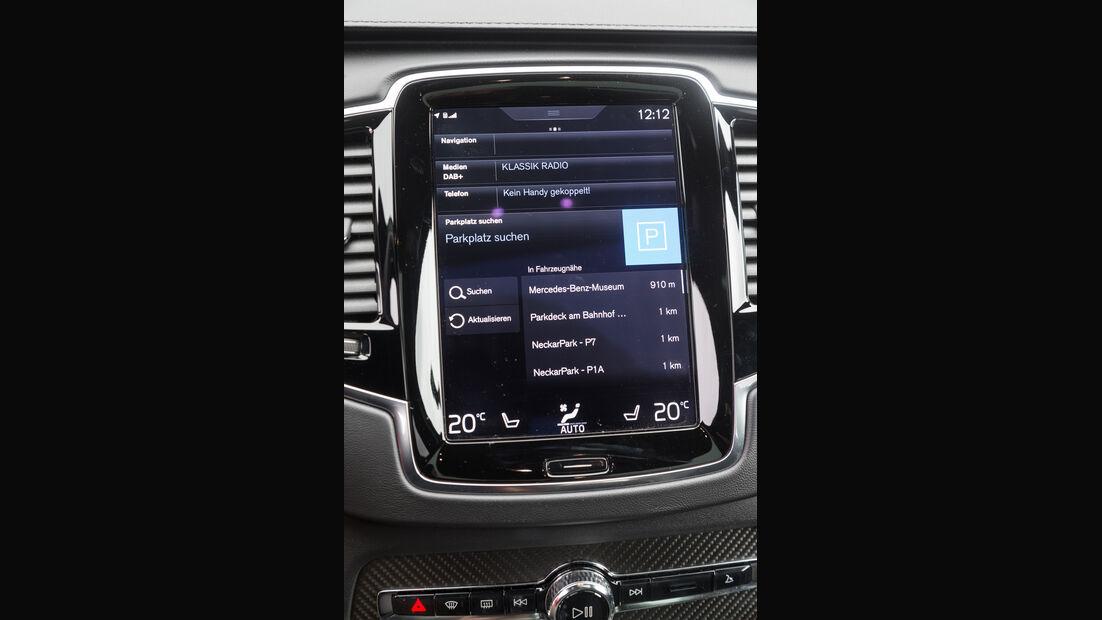 Volvo XC90 T8, Infotainment