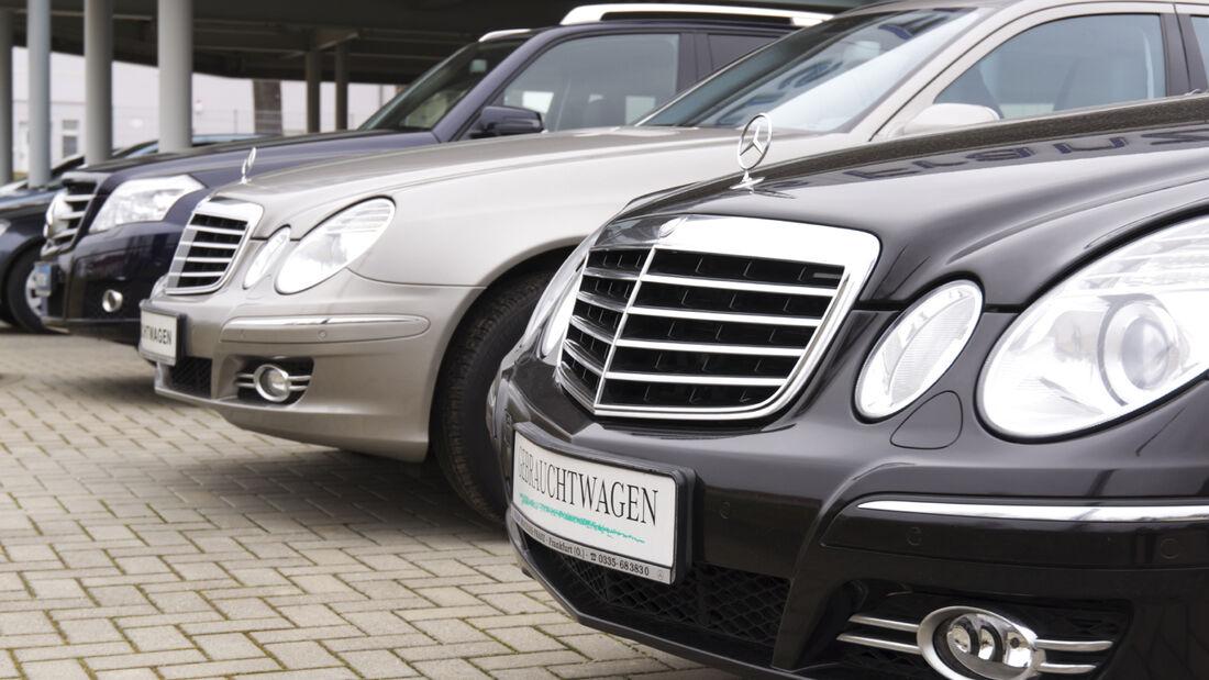 Vor allem jüngere Käufer achten beim Gebrauchtwagenkauf im Internet auf die Bewertungen der Händler.
