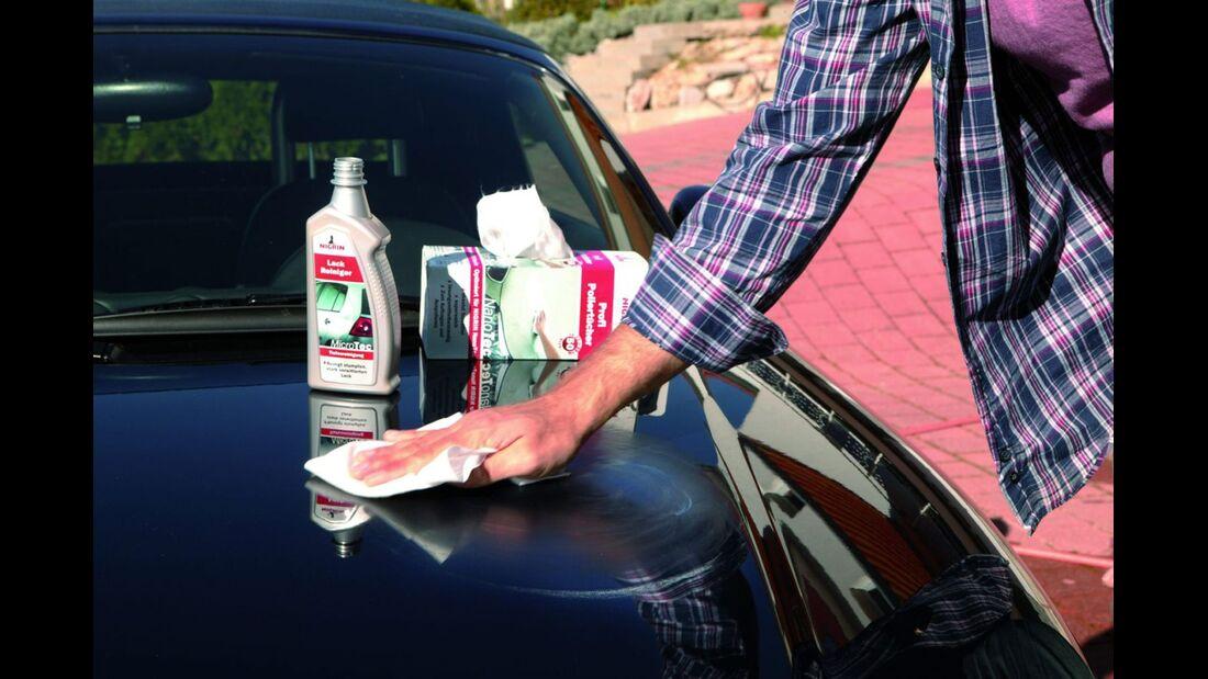 Vor jeder Politur sollte eine gründliche Reinigung erfolgen.