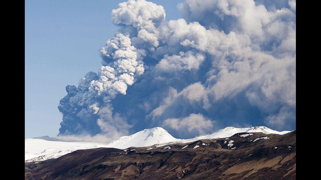 Vulkanausbruch, Asche