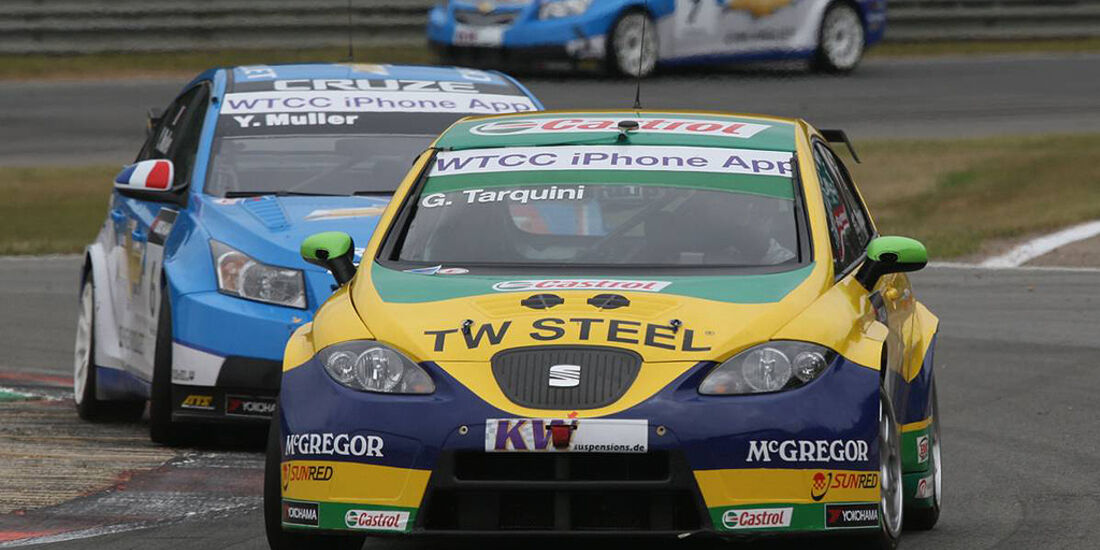 WTCC, Tourenwagen WM, Zolder, 2010, Seat Leon, Gabriele Tarquini, Chevrolet Cruze, Yvan Muller