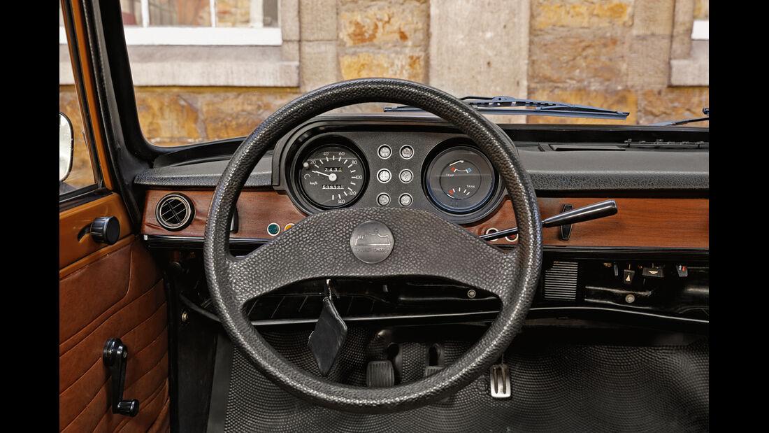 Wartburg 353 W, Lenkrad, Rundinstrumente