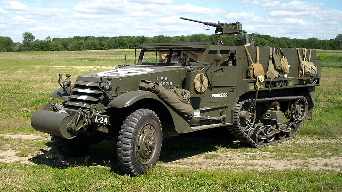 White Motor Company M3 Half Track