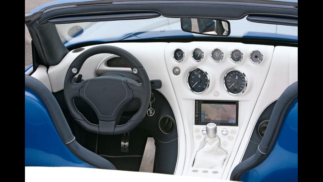 Wiesmann MF5, Cockpit