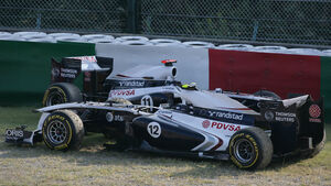 Williams GP Japan Crashs 2011