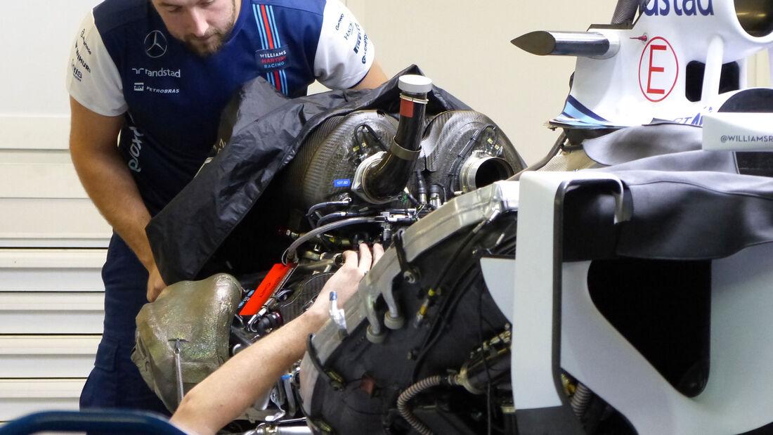 Williams - Mercedes V6 - Formel 1 - GP Russland - Sochi - Mittwoch - 7.10.2015