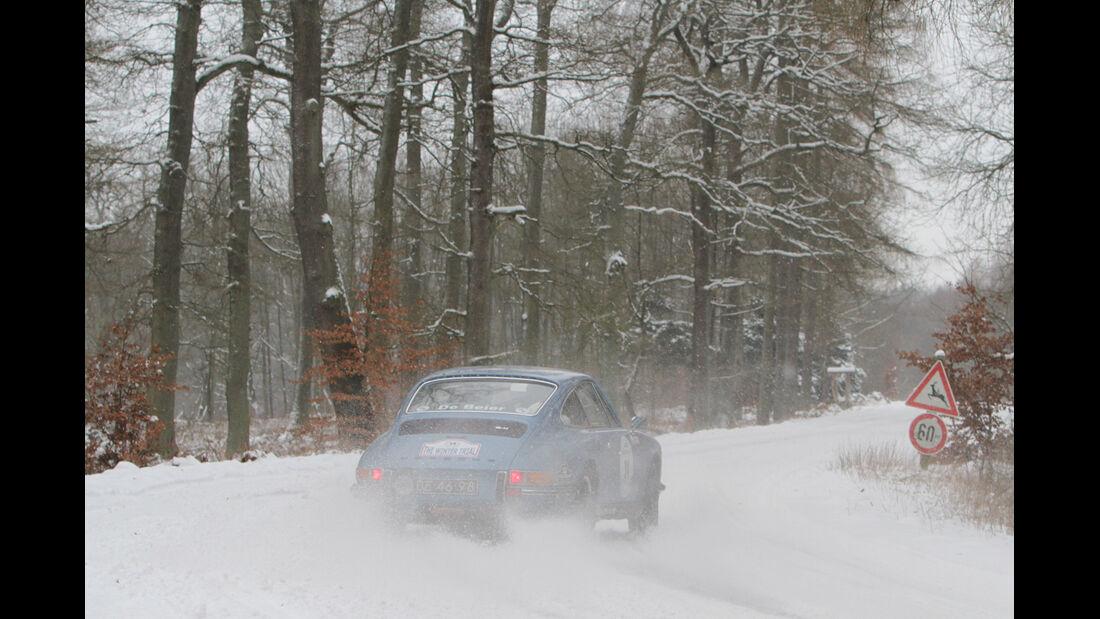 Winter Trail, Porsche 911, Heckansicht