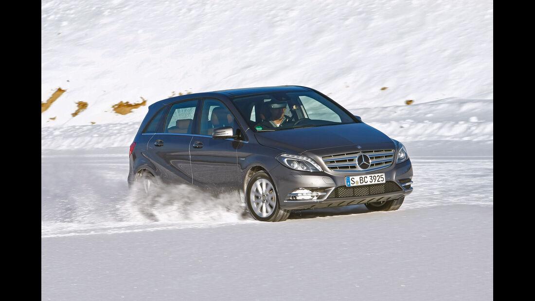 Winterreifen, Mercedes B-Klasse, Frontansicht