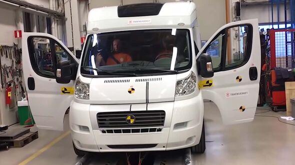 Wohnmobil Crashtest Schweden Zentralamt fŸr Verkehrswesen Trafikverket 2019