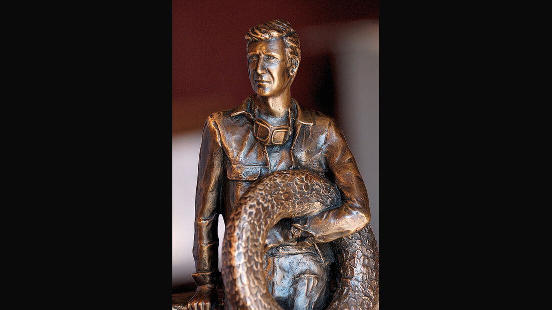 Wolfgang Graf Berghe von Trips Bronze-Skulptur