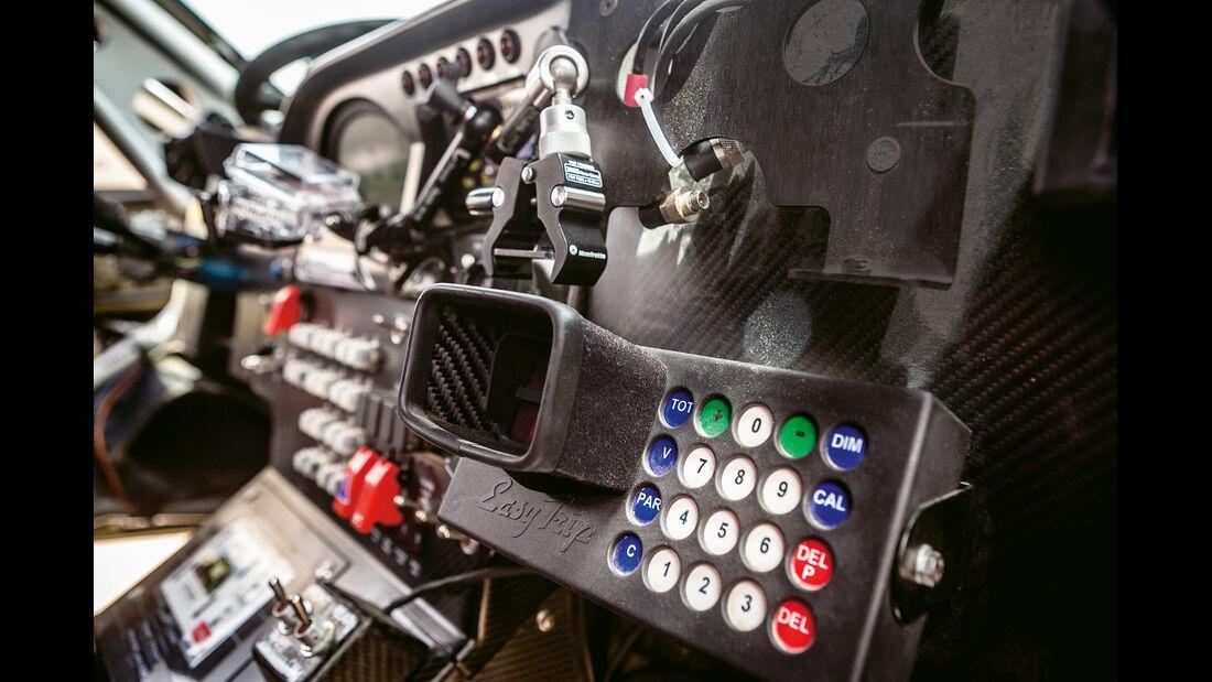 X-Raid Mini All4 Racing, Navi, Bedienelemente