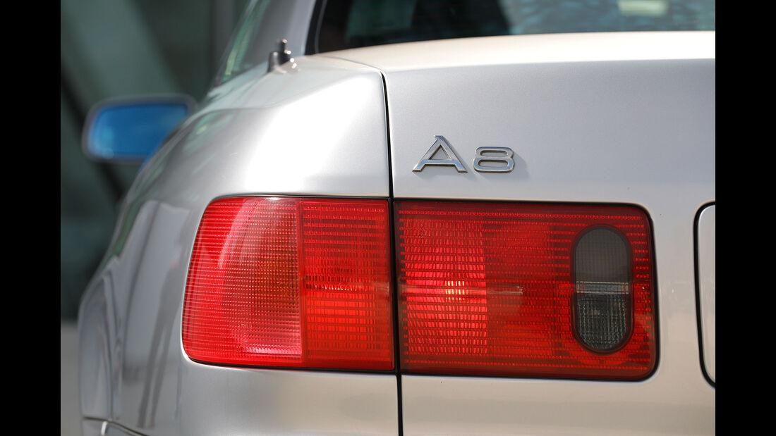 Youngtimer-Fahrbericht-Audi-A8-4.2-Heck