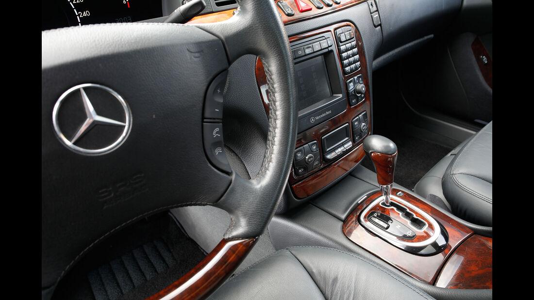 Youngtimer-Fahrbericht-Mercedes-S-500-Interieur