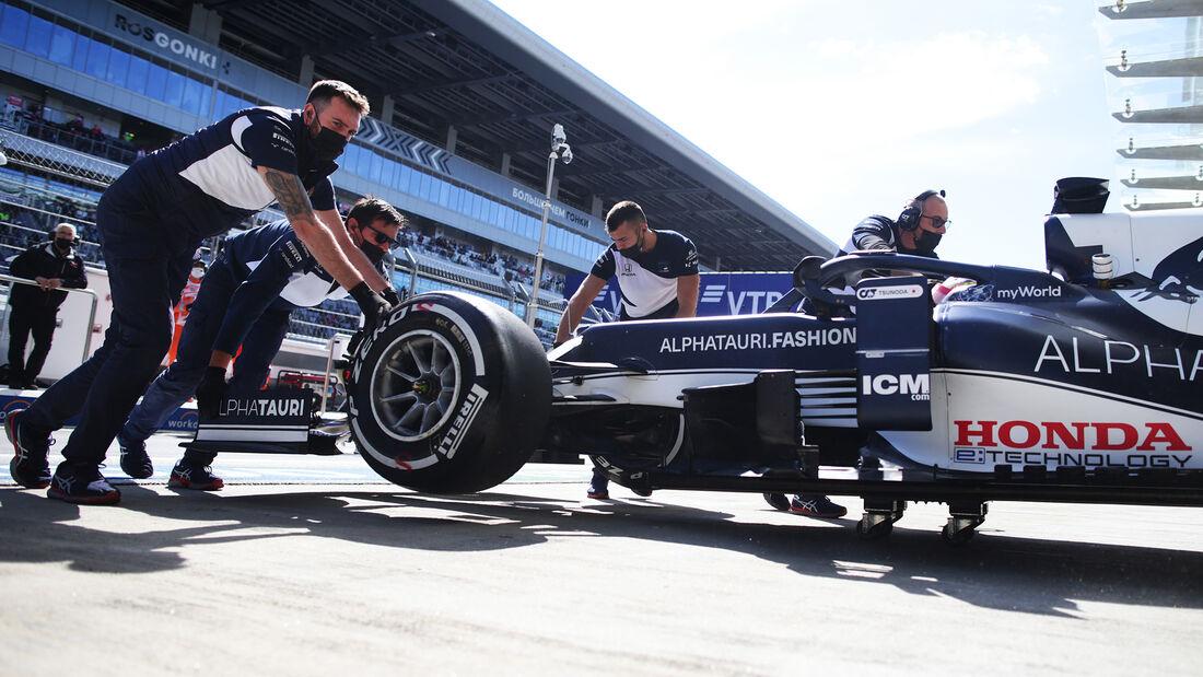 Yuki Tsunoda - Alpha Tauri - Formel 1 - GP Russland - Sotschi - 24. September 2021