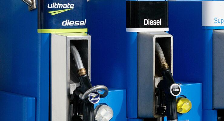 Zapfsäulen Diesel Tanken Tankstelle