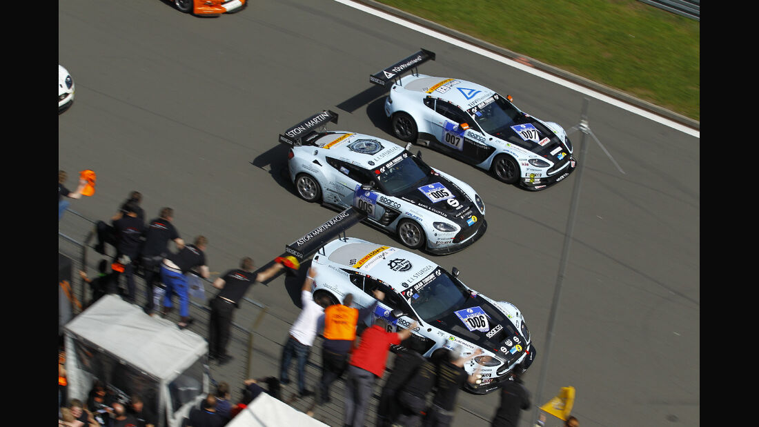 Zieldurchfahrt 24h Rennen Nürburgring 2012