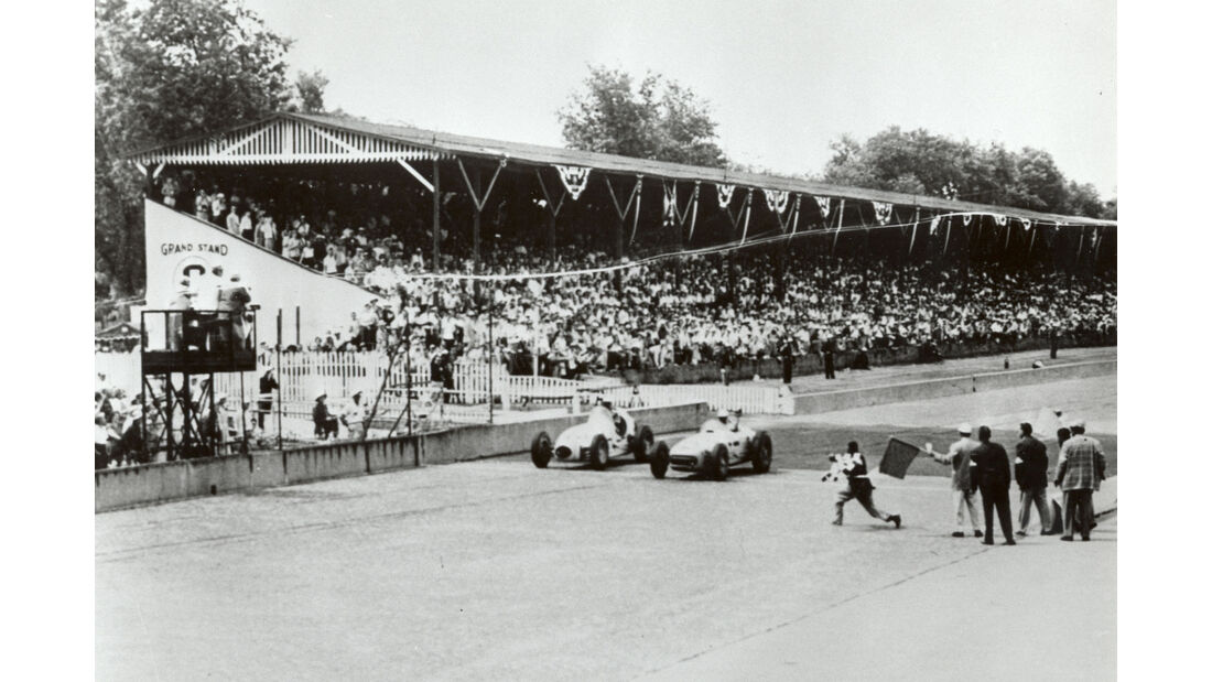 Zieleinlauf - Indy 500 - 1953 - Motorsport