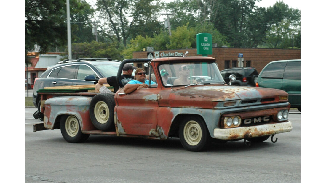 alter Pick-Up Truck