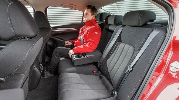 ams0419, Vergleichstest, Mazda 6 D 150, Interieur
