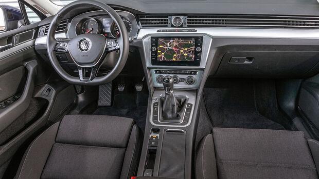 ams0419, Vergleichstest, VW Passat 2.0 TDI, Interieur