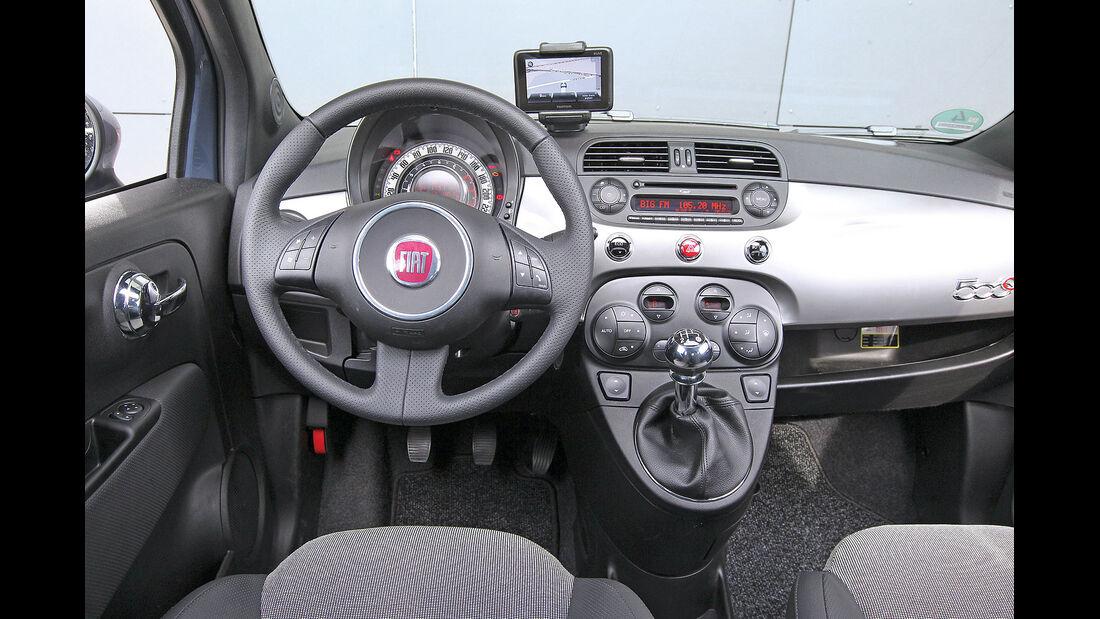 ams15/2012, Kleinwagen, 100 g/km CO2, Fiat 500C, Cockpit
