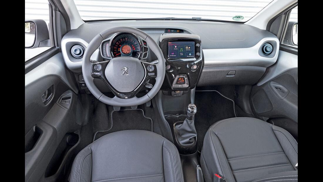 asv 1814, Peugeot 108 Puretech 82, Cockpit