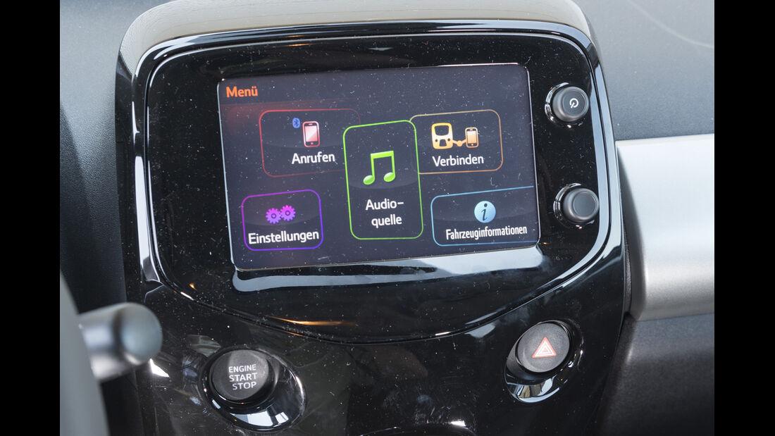 asv 1814, Peugeot 108 Puretech 82, Infotainment