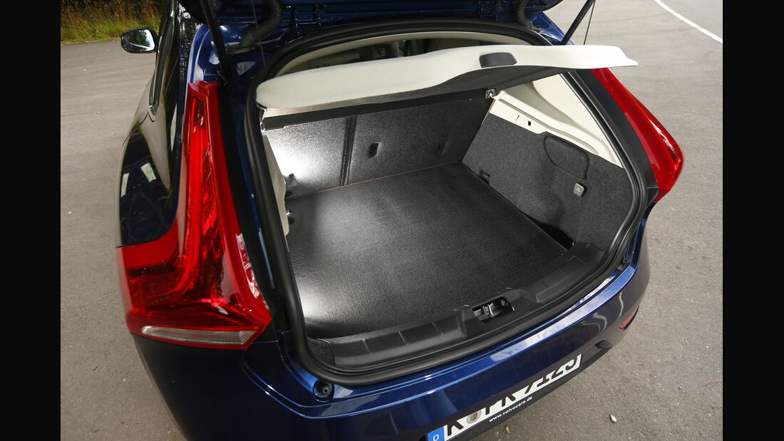 asv 2014, Volvo V40, Kofferraum