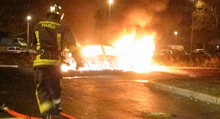 brennende Autos Frankreich