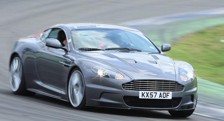 Aston Martin DBS im Supertest - auto motor und sport
