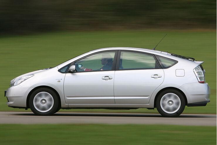 Toyota Usa Prius Statt Offroader Auto Motor Und Sport