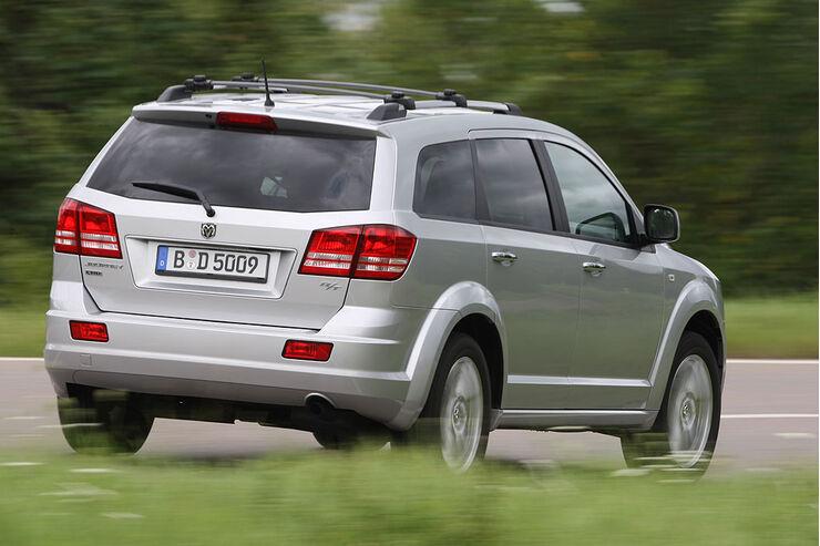 Dodge Journey: Der Ami-Crossover im Detail - auto motor ...