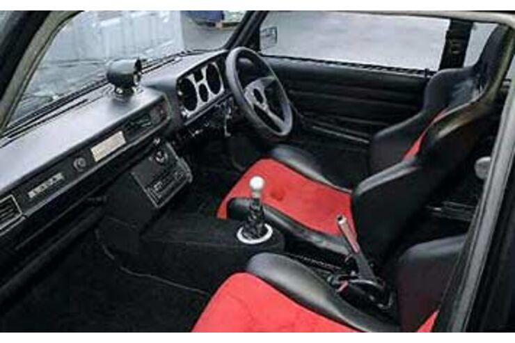 lotus lada tv star unterm hammer auto motor und sport. Black Bedroom Furniture Sets. Home Design Ideas