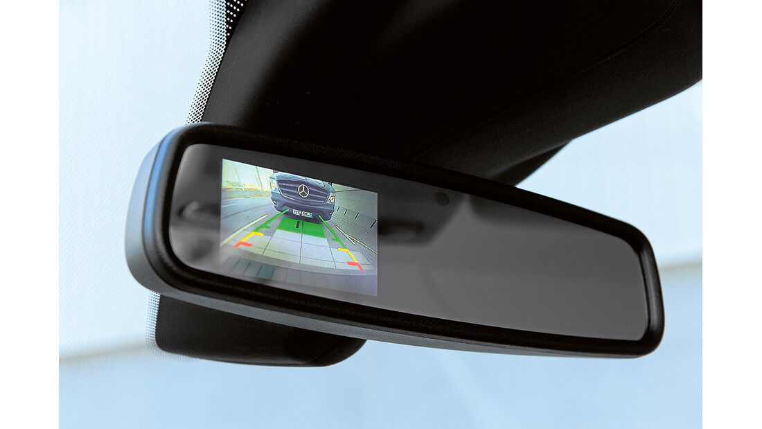 promobil Megatest 2014, Basisfahrzeuge, Ford Transit, Rückfahrkamera