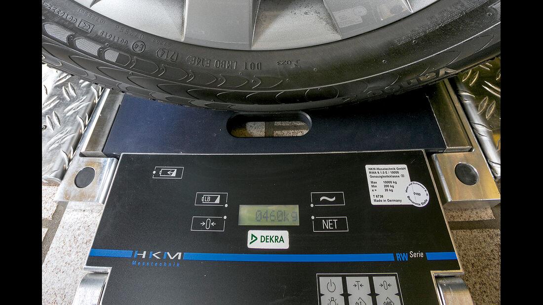promobil Megatest 2014, Basisfahrzeuge, Waage