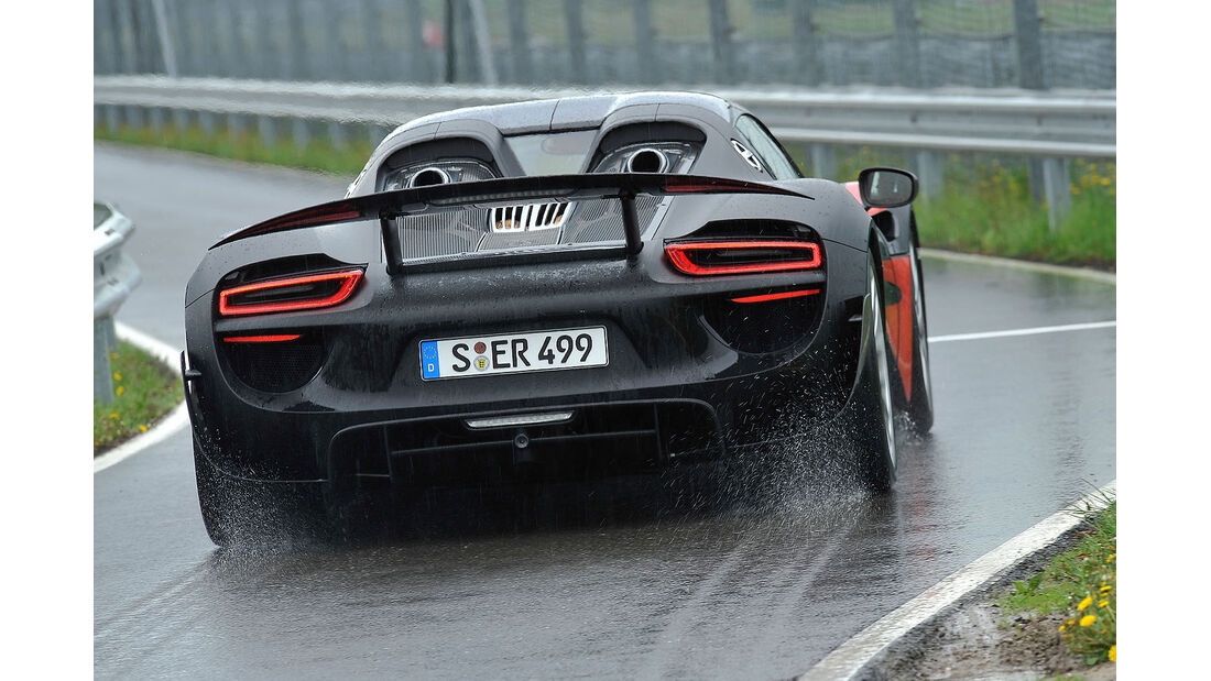 sport auto 06/2013 - Heftinhalt