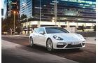 sport auto Award 2017 - F 064 - Porsche Panamera Turbo S E-Hybrid