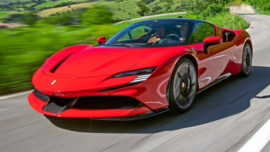 sport auto Award 2021, Ferrari SF90 Stradale, Serie, Supersportler