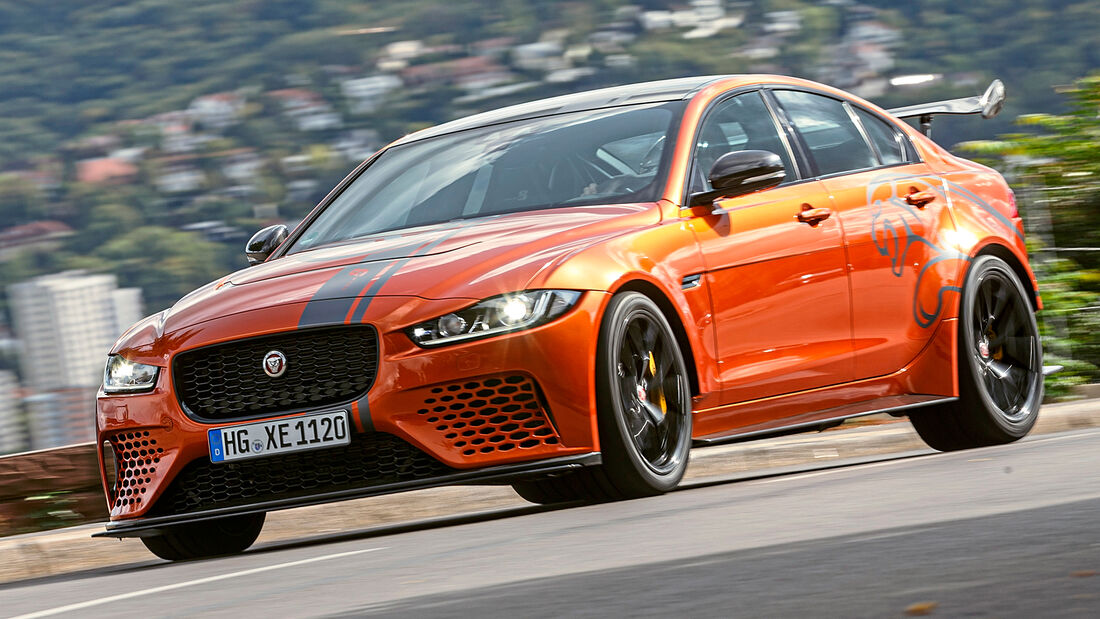 sport auto Award 2021, Jaguar XE SV Project 8, Serie, Limousinen und Kombis über 100.000 Euro