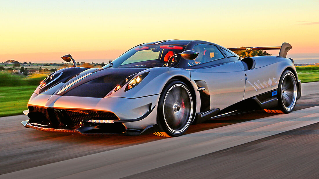 sport auto Award 2021, Pagani Huayra Tricolore, Serie, Supersportler