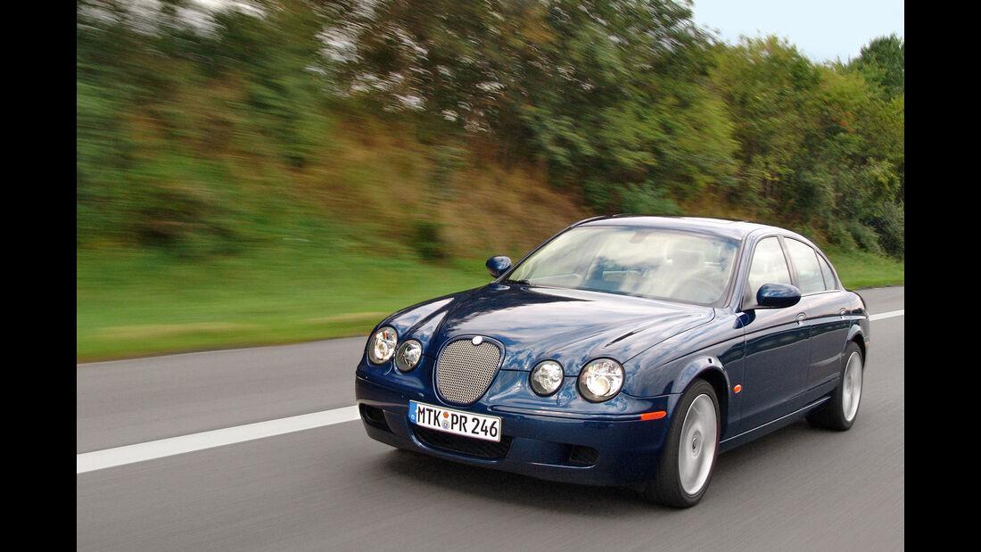 sport auto-Exotendeals bis 15.000 Euro, Gebrauchtwagen-Spezial, 04/2016, Jaguar S-Type R