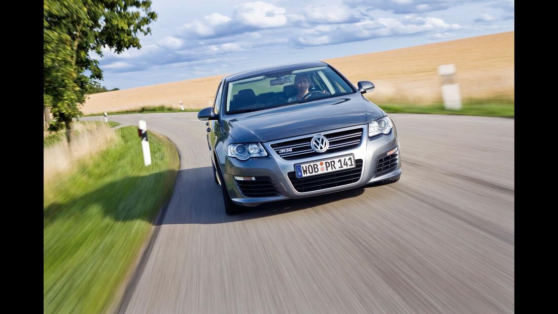 sport auto-Exotendeals bis 30.000 Euro, Gebrauchtwagen-Spezial, 04/2016, VW Passat R36
