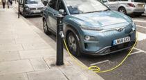 ubitricity und ebee geben Produktpartnerschaft bekannt - Laternen-Lader fŸr Elektroautos